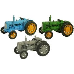 Triple Fordson tractor set - Oxford Diecast - OO scale