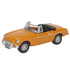 MG B roadster - yellow - Oxford Diecast - OO scale
