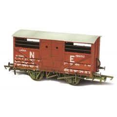 LNER  cattle wagon - lime washed - Oxford Rail