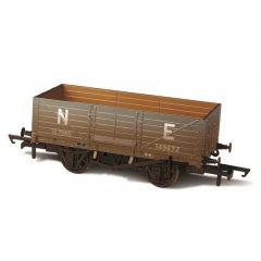 6 Plank  Wagon - LNER - weathered - Oxford Rail